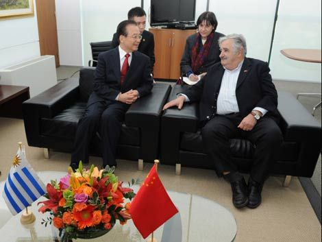 China mostró interés en invertir en puerto oceánico en Rocha