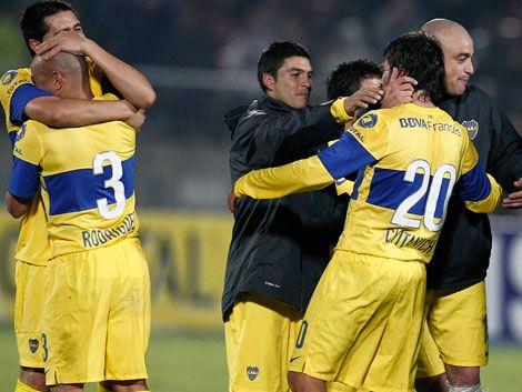Boca Juniors acaba con el sueño de la U y busca su séptima copa