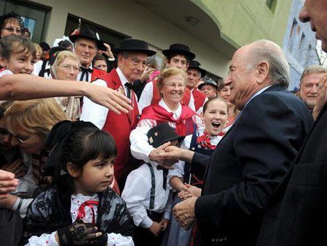 Blatter dijo que es posible el Mundial Uruguay-Argentina 2030