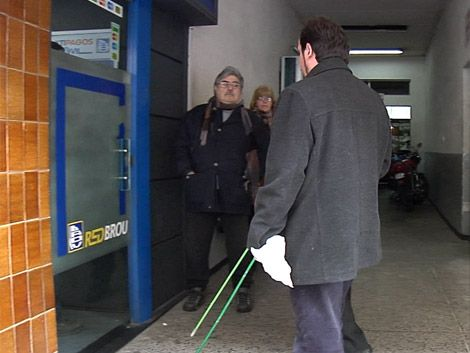 Montevideo tiene dos cajeros automáticos accesibles para ciegos