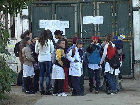 Escuela 95 del Cerro: padres no envían a sus hijos