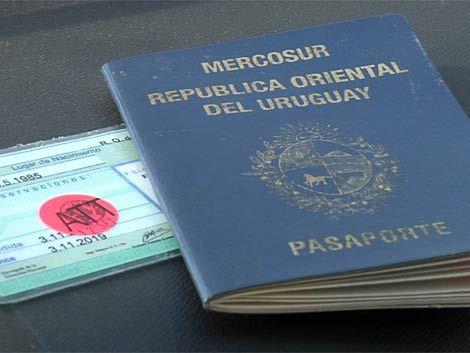 Uruguayos hacían documentos falsos para narcos colombianos