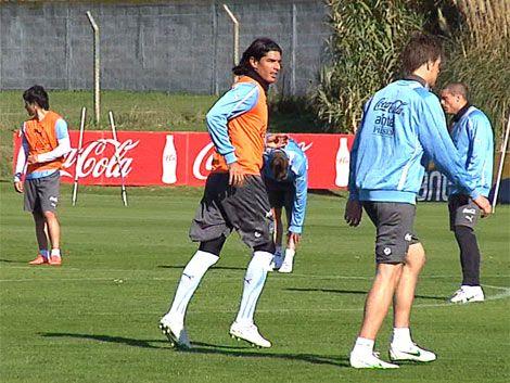 Optimismo en el entrenamiento celeste para el partido ante Perú