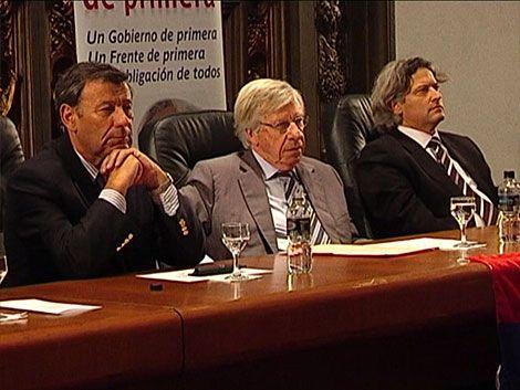 Astori analiza remociones con la cúpula del Frente Líber Seregni