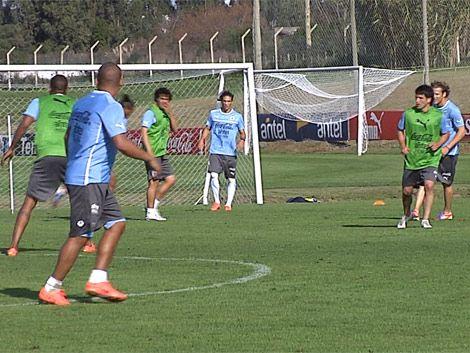 Uruguay concentrado y con equipo confirmado para el sábado