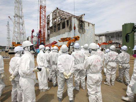 Trabajadores extranjeros retiraran basura de Planta de Fukushima