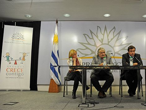 """Se presentó este miércoles el programa """"Uruguay crece contigo"""""""