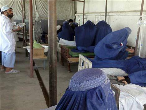 El extraño caso de los desmayos masivos de niñas en Afganistán