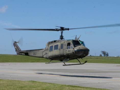 Aterrizaje forzoso de helicóptero en el Aeropuerto de Carrasco