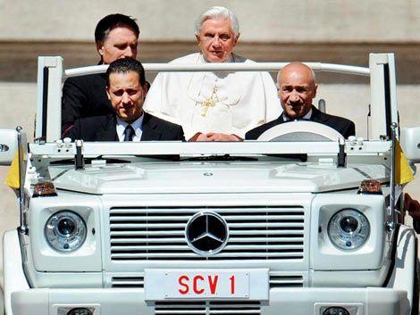 Detuvieron al mayordomo del papa por filtrar documentos