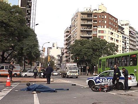 Motociclista murió en accidente con camión en Parque Rodó