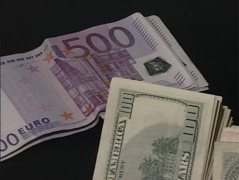 Economistas aseguran que la suba del dólar va a continuar