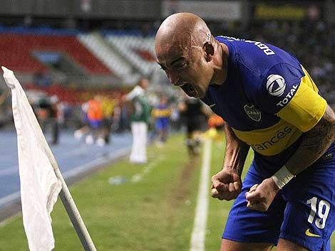 Santiago Silva puso a Boca en semifinales de Libertadores