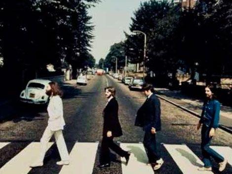 Pagan U$S 30.000 por foto de los Beatles en Abbey Road al revés
