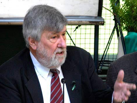 Gobierno mantendrá a Baráibar como embajador itinerante