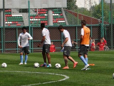 Uruguay entrenó por primera vez en el estadio Lokomotiv de Moscú