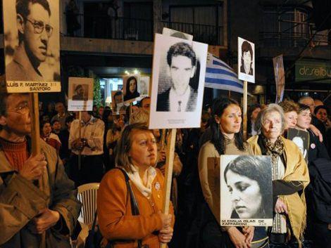 Multitudinaria marcha del silencio reclamó por justicia