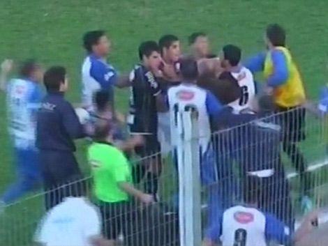 Sancionaron a 17 jugadores por riña en Cerro Largo – Cerro
