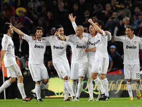 El efectivo Real Madrid de Mou festejó su título
