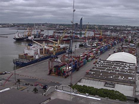 Obrero falleció al ser atropellado por un camión en el puerto