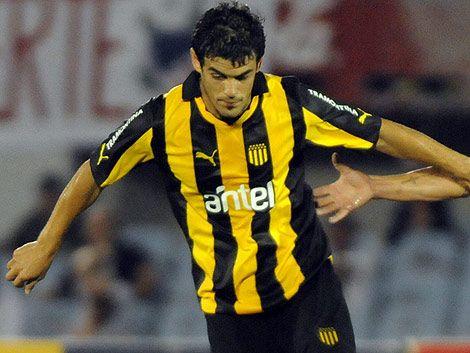 Peñarol le ganó  4-1 a Rentistas y se puso al día en el Clausura