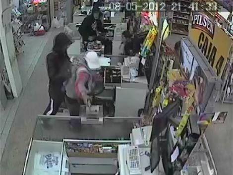 Guardia de seguridad baleado en la cabeza salió caminando