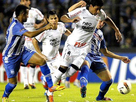 Corinthians busca clasificación ante Emelec con esquema ofensivo