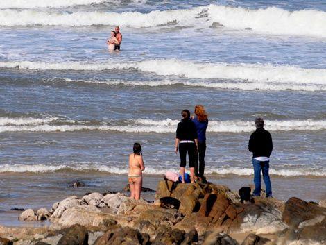 Rescatan a joven eslovaca que se ahogaba en Maldonado