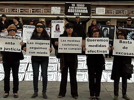 """Mujeres de Negro piden dejar de ser """"invisibles ante la Justicia"""""""