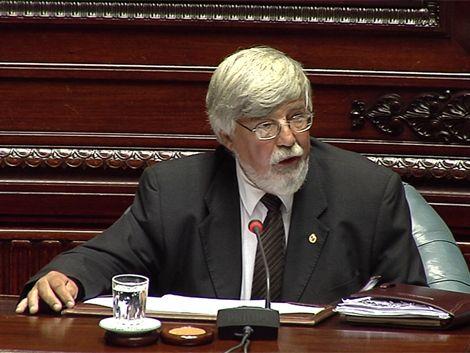 Votan interpelación a Bonomi por crisis carcelaria
