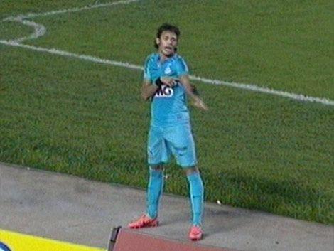 Neymar es el dueño del show: 3 goles y mucho baile ante San Pablo
