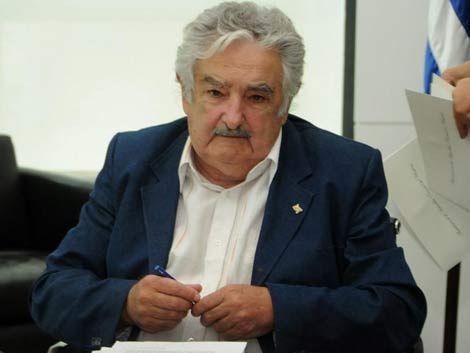 Mujica contradice versión del sindicato policial sobre el paro