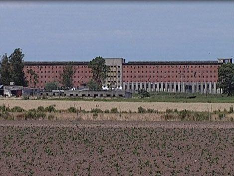 Ministerio suspende visitas en Libertad y Comcar hasta el sábado