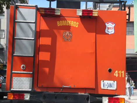 Bomberos controlaron incendio en zona de Ruta 1 y Camino Cibils