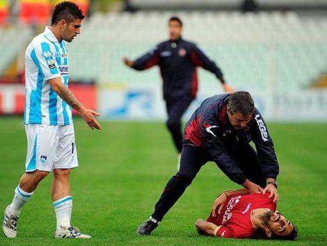 Murió un jugador de Italia tras desplomarse en pleno partido