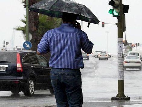 Saque el paraguas: hoy llueve por un rato pero mejora
