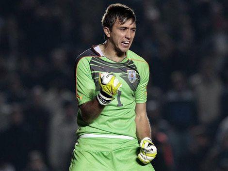 Fernando Muslera anotó su 1er gol en 1ra División