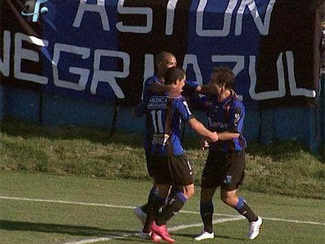 Liverpool disfruta de la punta: ganó a Cerro por 2 a 1
