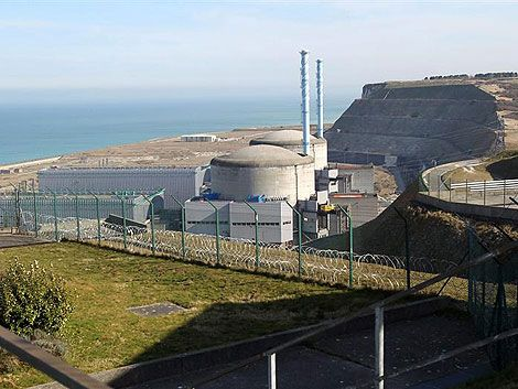 Fuga de agua radiactiva en central nuclear francesa