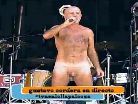 Cantante Gustavo Cordera se desnudó en honor a los mapuches