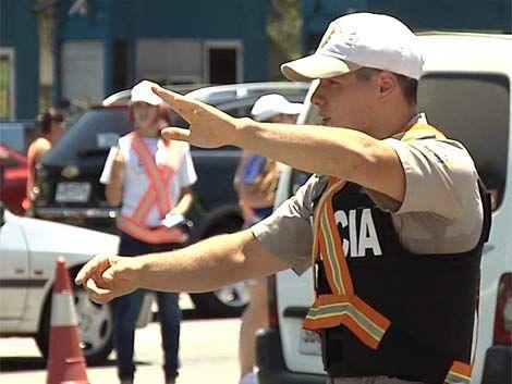 Más de 200 policías fiscalizarán el tránsito en Turismo