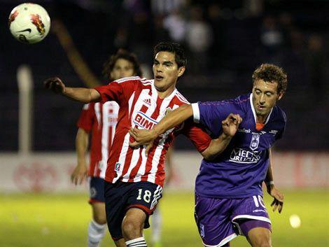 Defensor le ganó 1 a 0 a Chivas y quedó segundo en su grupo