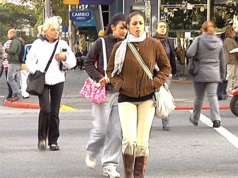 Llegó el frío y el drama de las personas que viven en la calle