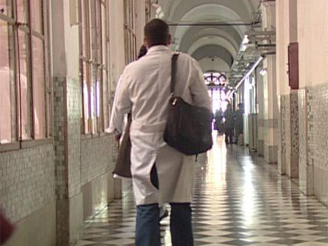 Director del Hospital Maciel continuará en el cargo