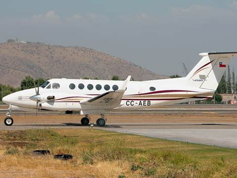 Hallan restos de avión chileno donde viajaba médico uruguayo