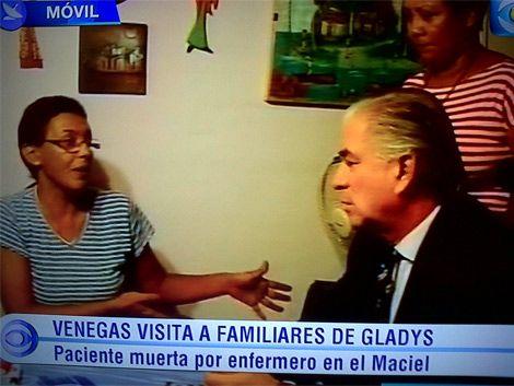 Venegas visitó a la familia de la última paciente asesinada