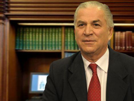 Ministros Venegas y Bonomi esperan que hable el juez Vomero