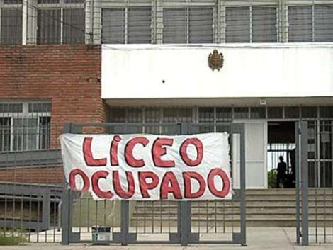 Paro en los liceos públicos de Montevideo este viernes