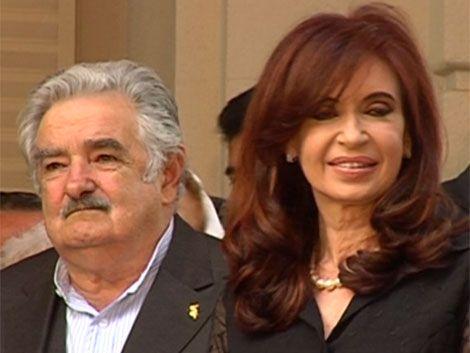 Mujica anunció una batería de medidas ante trabas argentinas