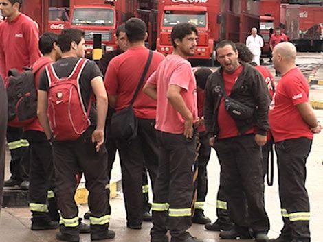 Trabajadores de Coca Cola se movilizan en reclamo de seguridad